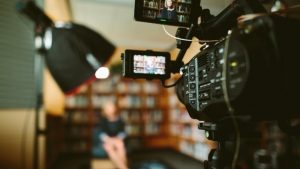 marketing video comment booster vos audience