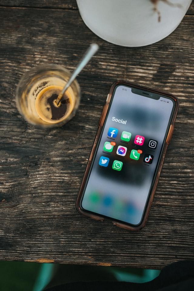 Pourquoi les médias sociaux sont-ils nécessaires aux entreprises?